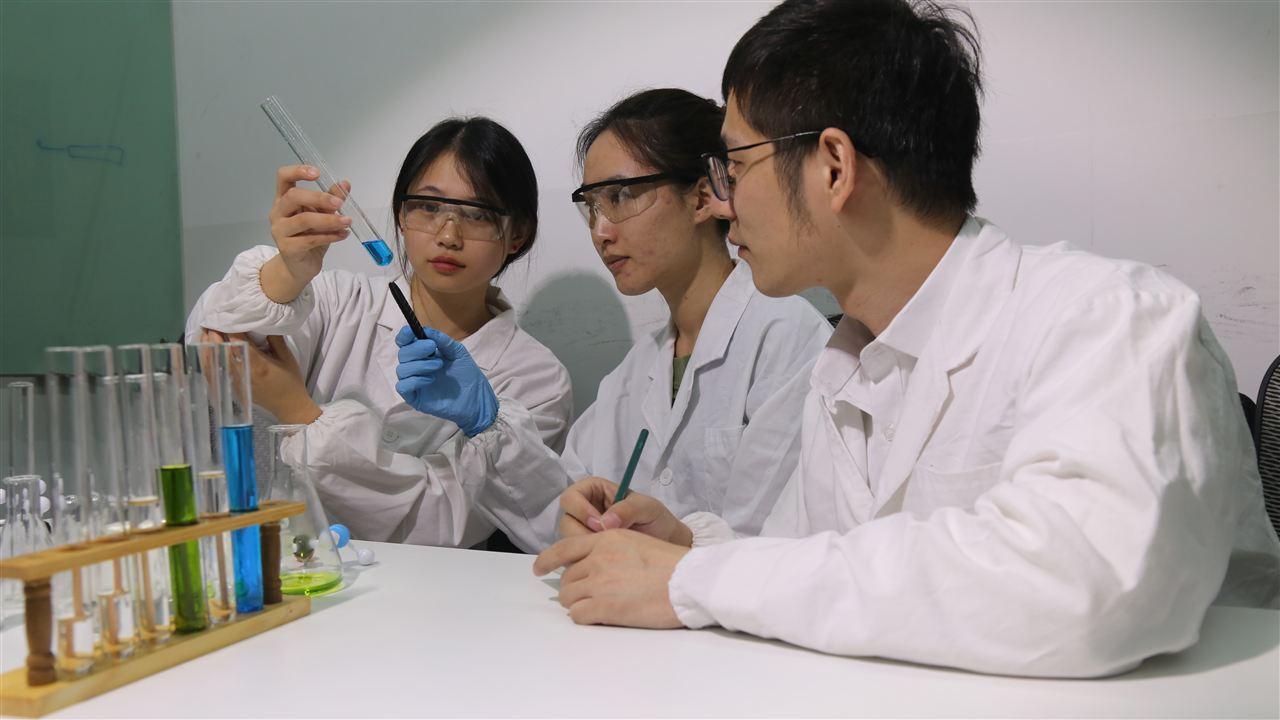 江汉大学生物学研究院采购实验试剂及仪器